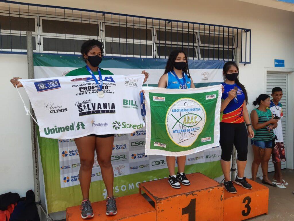 Atleta Ana Laura estabelece recorde estadual em duas modalidades do atletismo