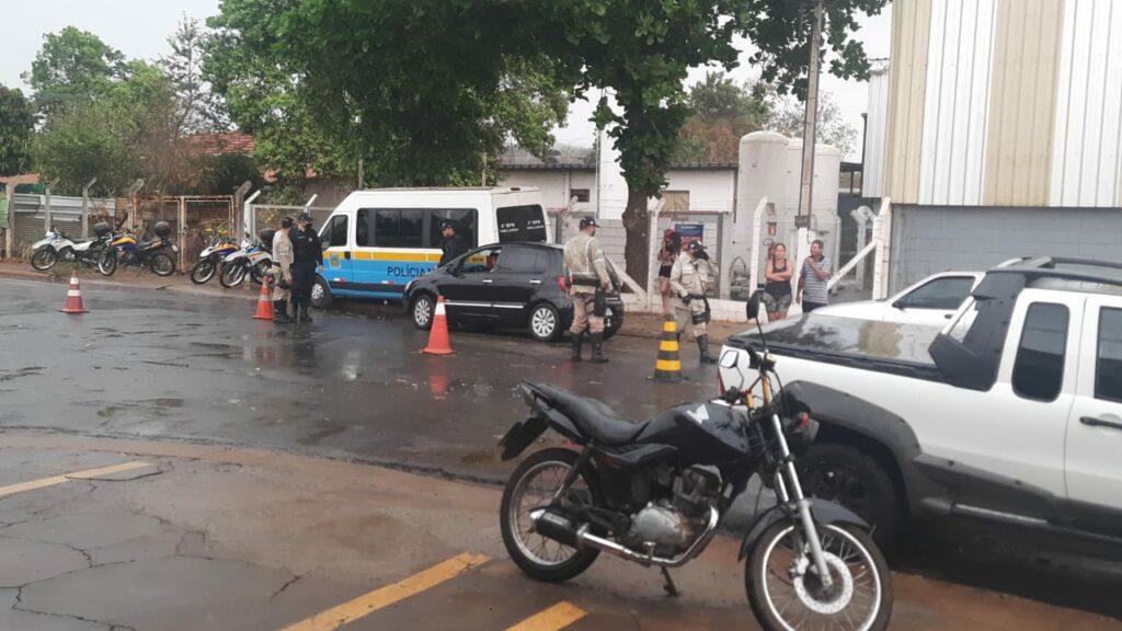 Polícia realiza operação para coibir algazarra no Jupiá