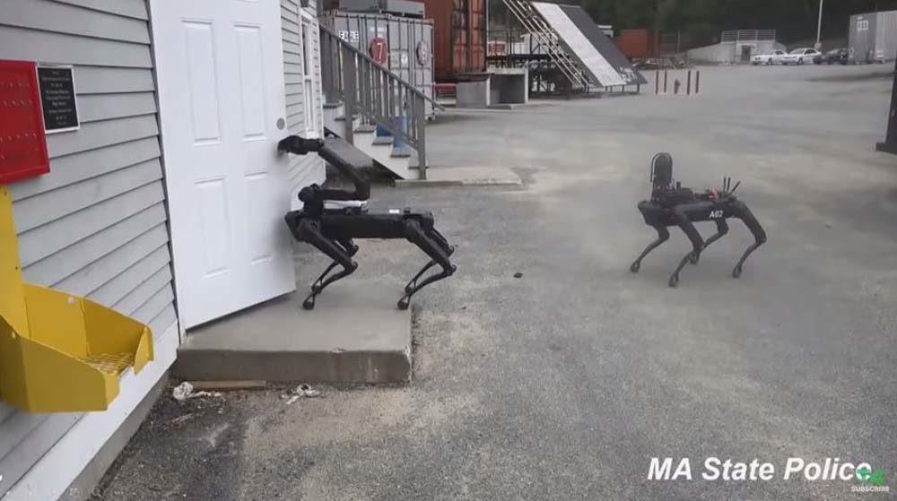 Klefer mostra polícia americana testando robô-cachorro